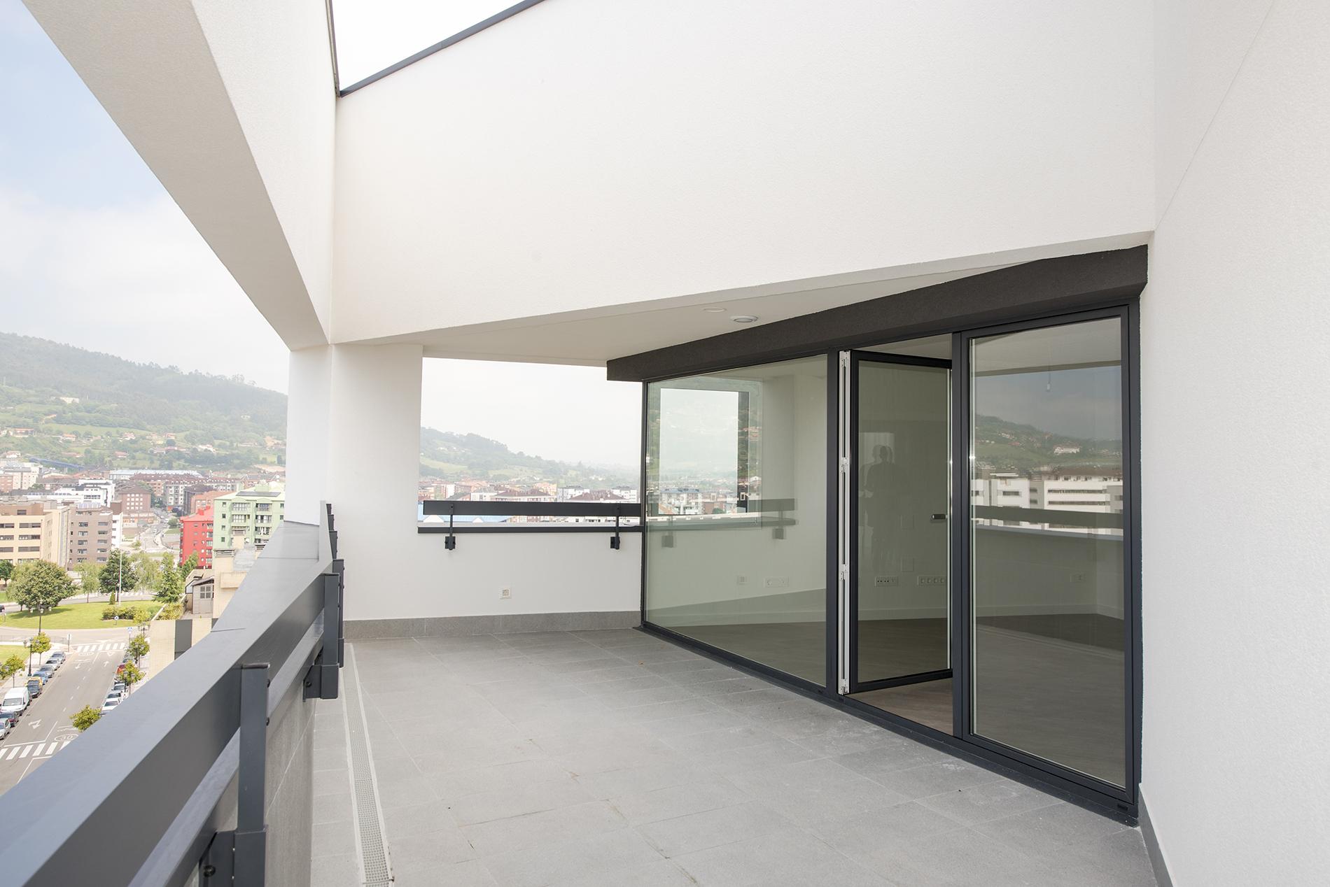 Edificio Soleo amplia terraza